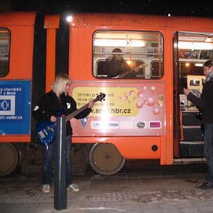 Prezentace v tramvaji
